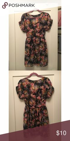 Forever 21 Floral Chiffon Babydoll Dress Button Down, Tie-back, sheer above waist Forever 21 Dresses Mini