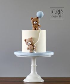 Teddy smash cakes - cake by Lori Mahoney (Lori's Custom Cakes)