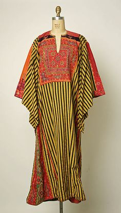 Palestinian wedding dress, cotton, silk, 1900-1949