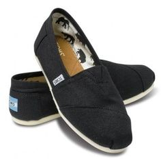toms outle
