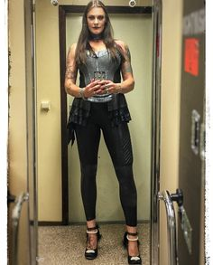 Some of you might know I am a fan of the brand I always wear their shoes on stage and on videos and photos! For this tour… Metal Sinfônico, Metal Bands, Witcher Wallpaper, Heavy Metal Girl, Women Of Rock, Symphonic Metal, Goth Beauty, Pirate Woman, Glam Rock