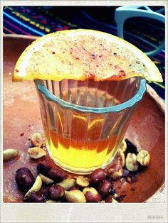 A Mezcalito to start your day Mezcal Tequila, Mezcal Cocktails, Mexican Food Recipes, Real Food Recipes, Yummy Food, Mexico Culture, Street Food, Food And Drink, Lemon Slice
