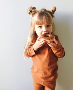 toddlers are the best Cute Kids, Cute Babies, Baby Kids, Baby Baby, Toddler Fashion, Kids Fashion, Cute Family, Family Goals, Kid Styles