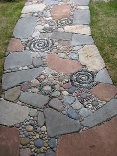 25 Incredible DIY Garden Pathway Ideas You Can Build Yourself To Beautify Your Backyard is part of Garden walkway - In designing a park, of course, there is a part that needs to be considered, namely a place to walk or commonl Garden Steps, Diy Garden, Garden Paths, Garden Projects, Walkway Garden, Rock Walkway, Outdoor Projects, Rocks Garden, Garden Bed