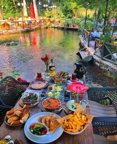 Outdoor Restaurant Design, Restaurant Themes, Restaurant Lounge, Vacation Places, Vacation Trips, Dream Vacations, Turkey Destinations, Unique Cafe, Turkey Holidays