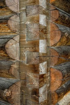 Well done dovetail notches, Dan Creek cabin in Wrangell St. How To Build A Log Cabin, Survival Shelter, Log Cabin Homes, Rustic Lighting, Cabins In The Woods, Handmade Home, Wood Construction, Interior And Exterior, My House