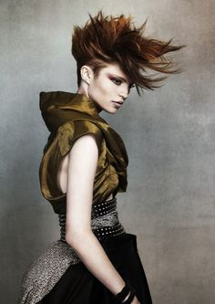 #Avant_garde #creative_hair #fashion