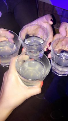 Tequila, Vodka, Alcohol Pictures, Alcohol Aesthetic, Colorful Drinks, Fun Party Games, Snapchat Picture, Partying Hard, Tumblr Photography