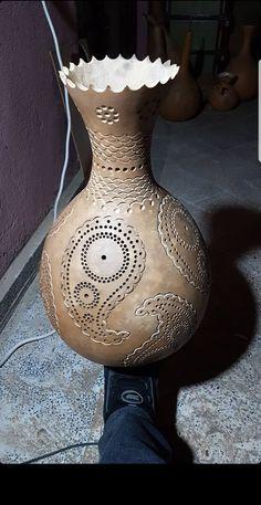 Gourds Birdhouse, Gourd Lamp, Nature Crafts, Mason Jar Diy, Light Shades, Wood Carving, Creative Art, Lanterns, Diy And Crafts