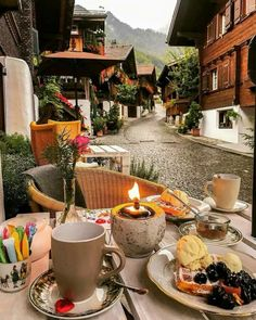 Nadire Atas on Lunch On Vacation This cozy place near Lake Brienz,Switzerland Hotel In Den Bergen, Tumblr Travel, Beautiful Places To Travel, Romantic Travel, Cozy Place, Future Travel, Travel Aesthetic, Adventure Is Out There, Vacation Places