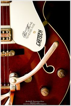 Gretsch Tennessee Rose by The Mental Gallery on Flickr.