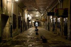 The_Underground_City_by_Drombyb.jpg (850×565)