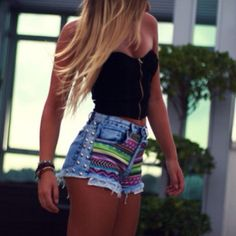 Aztec /denim high waste shorts...Love this look! It's my weight Los motivation!