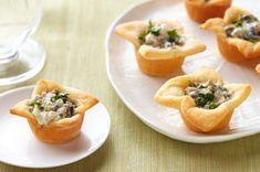 Recipe for Creamy Mushroom Tartlets on Kraft Recipes ~ YUM! Crescent Roll Recipes, Crescent Rolls, Kraft Recipes, Kraft Foods, Creamy Mushrooms, Stuffed Mushrooms, Appetizers For Party, Appetizer Recipes, Cheese Recipes