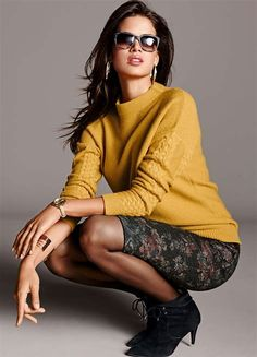 Sweater Fashion, Sweater Outfits, Casual Jeans, Casual Outfits, Casual Clothes, Madeleine Fashion, Summer Sweaters, Work Fashion, Business Women