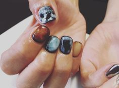 planet 片手は人気のミラー。 #FLEVE#nagisa712#nail#nailart#naildesign#paint#paintart#paint#handpaint#ネイルサロン#ネイルデザイン#ネイルアート#ネイリスト#ネイル#ミラーネイル#planet#惑星ネイル
