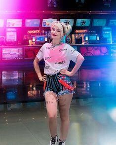 Harley Quinn Halloween, Harley Quinn Comic, Harley Quinn Cosplay, Arlequina Margot Robbie, Margot Robbie Harley Quinn, Harly Quinn Quotes, Harley Quinn Drawing, Harely Quinn, Gotham City