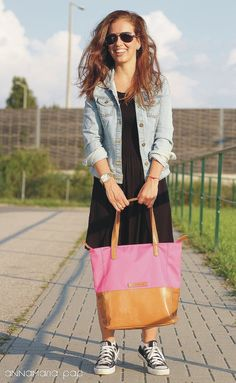 SUNNY Pink handmade leather bag by Annamaria Pap Price: 112€ http://facebook.com/annamariapap