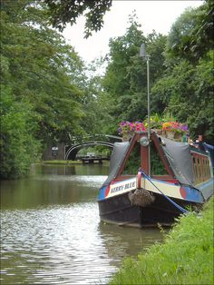 Oxford Canal at Isis Bridge by Isisbridge on Flickr