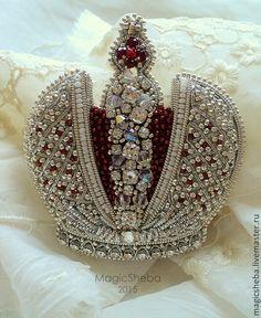 "Брошь ""Царская корона"" - MagicSheba - Ярмарка Мастеров http://www.livemaster.ru/item/9558539-ukrasheniya-brosh-tsarskaya-korona"
