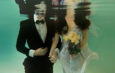 Underwater / Wedding photo