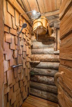 Sauna House, Sauna Room, Spa Day At Home, Home Spa, Spa Interior, Bathroom Interior Design, Homemade Sauna, Scandinavian Saunas, Outdoor Shower Fixtures