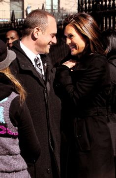 This is such a cute picture! Olivia and Elliot from Law and Order SVU