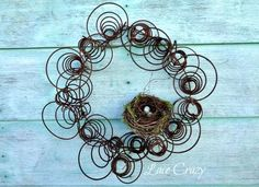 Complete these DIY Rusted Metal Garden Art Projects using rusty and salvaged items you have to decorate your outdoor space at cheap cost! Old Bed Springs, Mattress Springs, Mattress Frame, Old Mattress, Bed Spring Crafts, Spring Projects, Spring Art, Christmas Projects, Art Projects