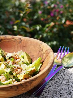 This is a very useful 'one-pot' salad. The prawns provide the protein, the beans the carbohydrate, and the avocado provides a significant contribution to your five-a-day.