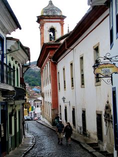 Ouro Preto #Brazil | Photo By - Beatriz Bianchi