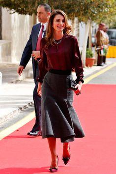 Vestidos joya, capas y tonos otoñales... Las tendencias de nuestra 'Royal Fashion Week'