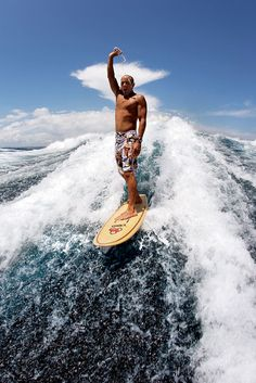kelly slater is a cool guy and a great personality therefore he is my role model