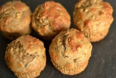 Peanut Butter & Honey Banana Muffins are deliciously moist and combine all of your favorite classics: peanut butter, honey, and bananas. Healthy Muffin Recipes, Healthy Muffins, Baby Food Recipes, Cooking Recipes, Healthy Drinks, Breakfast Muffins, Breakfast Recipes, Breakfast Cereal, Brunch Recipes