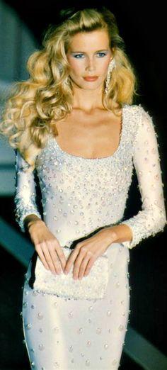 Claudia Schiffer - Atelier Versace Couture Runway Show 1995