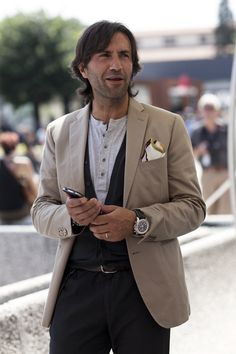 On the Street….Henley Options, Florence and Paris « The Sartorialist