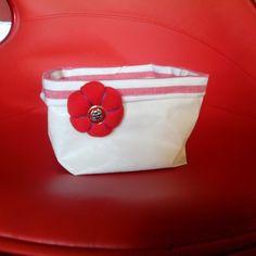 Panier de salle de bain ou vide poche blanc en toile enduite : Accessoires de maison par a-fleur-2-pots