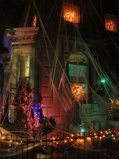 Photo Credit: Christian Stillwagon - Grandin Road's Spooky Decor Challenge 2012
