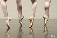Pointe Ballet Image by Susan Blackburn Blackburn Portrait Design susanblackburn.biz Dance Images