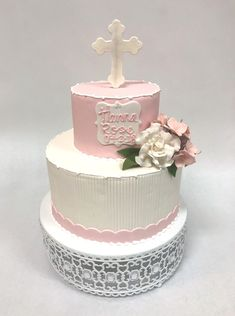 Baptism Cakes, Baby Girl Baptism, First Communion, Confirmation, Desserts, Food, First Holy Communion, Tailgate Desserts, Baptismal Cakes