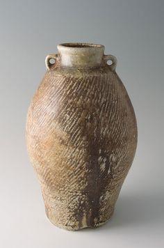 Tatsuzo Shimaoka, Round Vase, Stoneware