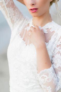Pastellgeschichten_fotograf_hochzeitsfotograf_crusz_shooting_wedding_bride_braut_hochzeitskleid_brautmode_rembo_rouge_rose_kopflegenden_weddingdress_gown-41