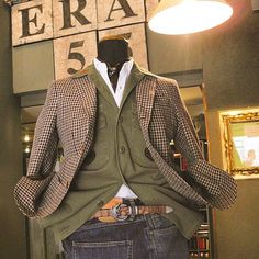 #milan #italy #japan #fashion #vintage #military #suit #used #shop #street #sartoria #tailor #bespoke #handmade #menswear #shopping #clothes #style #photooftheday #swag #eral55 #eralcinquantacinque #sartorialazzarin #instagood #outfit #イタリア #ミラノ #セレクトショップ #ビンテージ #古着