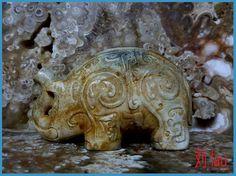 "Jade Chicken Bone White Elephant Zhou Dynasty : BC 1100 - 256 Length : 10 5 cm ( 4 1/8"" ). Zhou Dynasty, Chicken Bones, Antique Jade, Ancient China, White Elephant, Stone Jewelry, Elephants, Lion Sculpture, Asia"