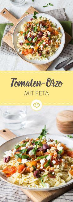 Orzo sind längliche Körner aus Hartweizengrieß, die hier mit Feta, Kalamata-Oliven und Tomaten ein bisschen Mittelmeer-Feeling auf den Teller zaubern.