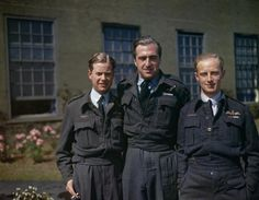 617 Squadron (dambusters) at Scampton, Lincolnshire, 22 July 1943 Flight Lieutenant Dave Shannon, pilot of on the dams raid, w. Ww2 Aircraft, Military Aircraft, Delta Wing, Lancaster Bomber, Canadian Soldiers, Battle Of Britain, Royal Air Force, S Pic, World War Two