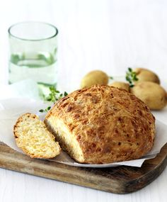 Home-Made Potato & Cheese Bread. Easy, delicious and a real family pleaser! Savoury Bakes, Real Family, Cheese Bread, Recipes From Heaven, Food Heaven, Quick Bread, Quiches, Bread Baking, Scones