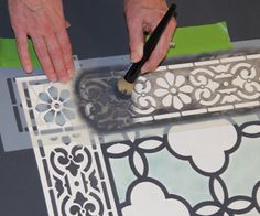 DIY Annie Sloan stenciled floor cloth