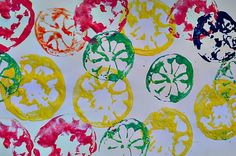 Stamping using lemons and oranges.  A great art project for kids.