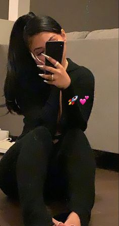 Baddie Outfits Casual, Cute Casual Outfits, Girl Outfits, Swag Girl Style, Girl Swag, Mode Instagram, Estilo Kylie Jenner, Photographie Portrait Inspiration, Cute Poses For Pictures