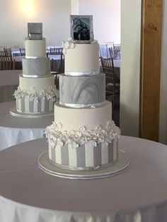 Grey and white wedding cake stripes marbled silver streaks picture frame white flowers